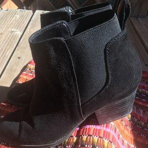 🌶 Franco Sarto Black Suede Glenna Booties,Size 7
